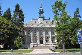 Berkeley. Photo via Wikimededia commons under the creative Commons licenses. https://commons.wikimedia.org/wiki/File:Old_City_Hall_(Berkeley,_CA).JPG