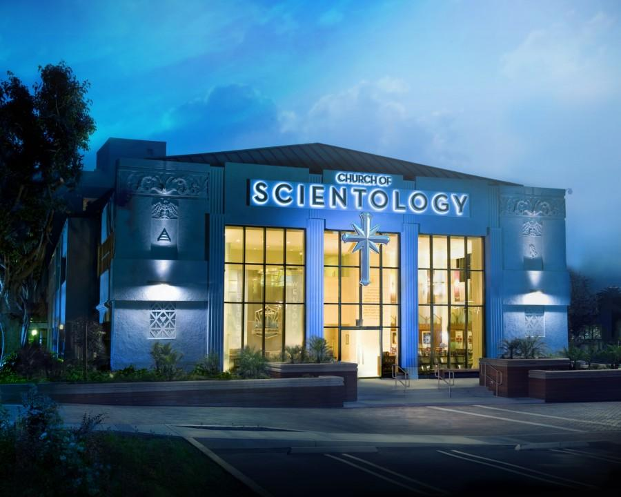 A Church of Scientology. Photo via Wikimedia Commons under the Creative Commons License (https://upload.wikimedia.org/wikipedia/commons/6/66/Church-of-Scientology-Los-Angeles-night-shot.jpg)