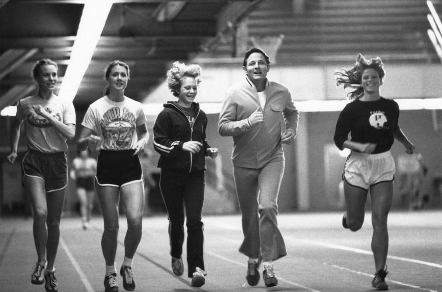 Running was of the first few sports women participated in.   Photo via https://commons.wikimedia.org under the Creative Commons license. https://www.google.com/search?as_st=y&tbm=isch&hl=en&as_q=Title+IX&as_epq=&as_oq=&as_eq=&cr=&as_sitesearch=&safe=active&tbs=sur:f#imgrc=KTt23BDNzR6DNM%3A