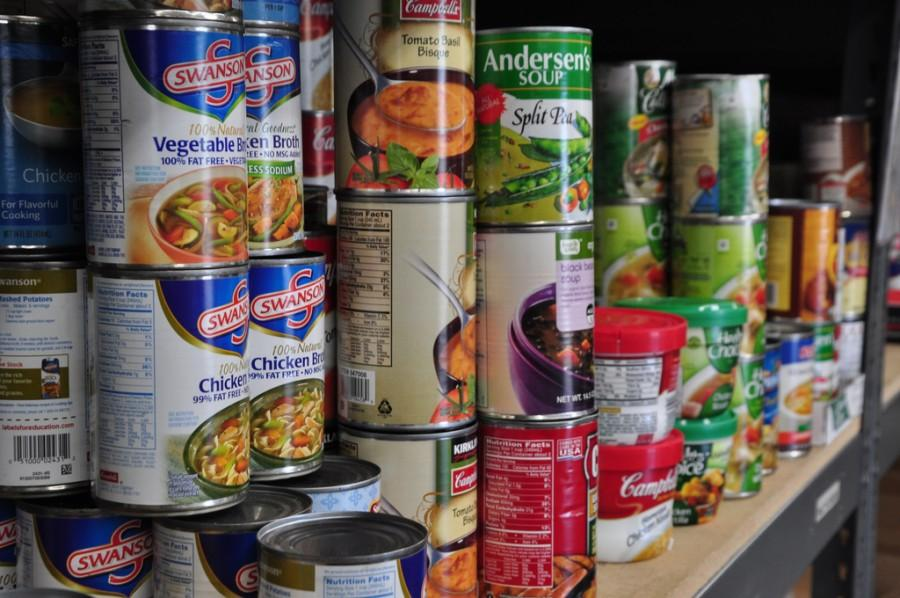 [Food Pantry] Photo accessed through the Creative Commons license on November 2, 2015.