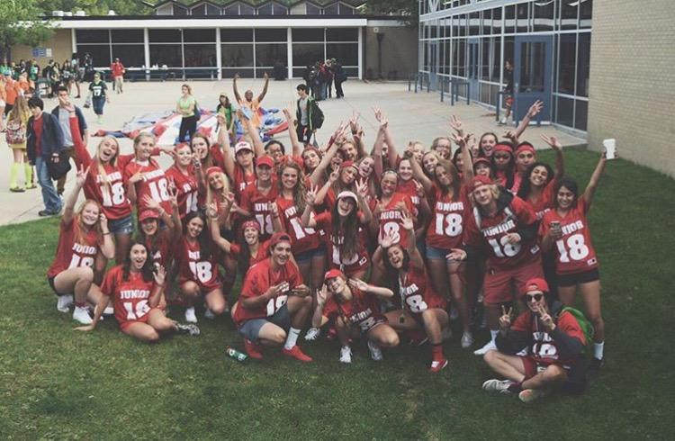 Juniors getting ready for the Powderpuff game