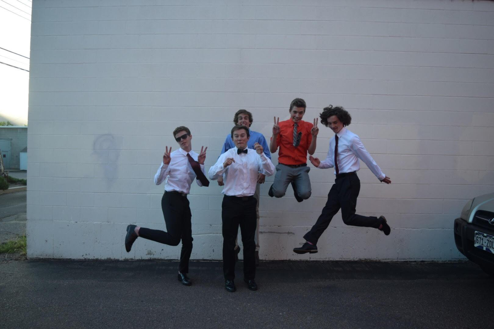 Owen Sawyer, JD Walton, Jack McConnel, Zach Reed, and Sam Choate jumping for homecoming