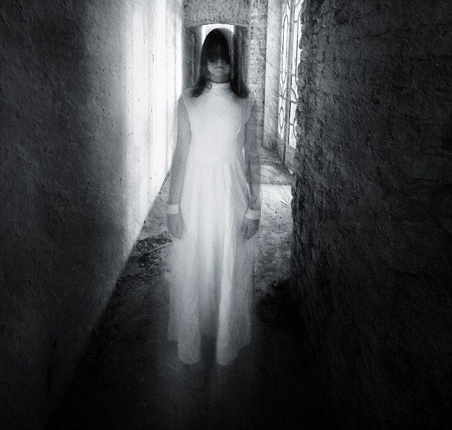 Horror+movie+scene+with+a+girl+dressed+in+white+in+a+desolated+house%3B+Shutterstock+ID+149780201%3B+PO%3A+1259%3B+Job%3A+ghosts