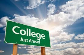 College just ahead! Used under the Creative common license via https://commons.wikimedia.org/wiki/File:College-ahead-Campus.jpg