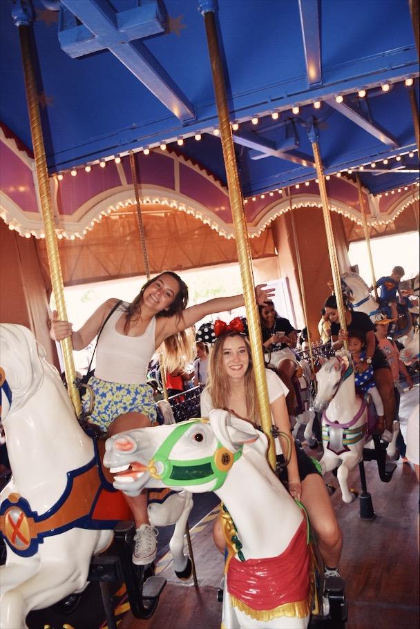 Hartly Conforti and Ava Johnson smile big in DisneyWorld!