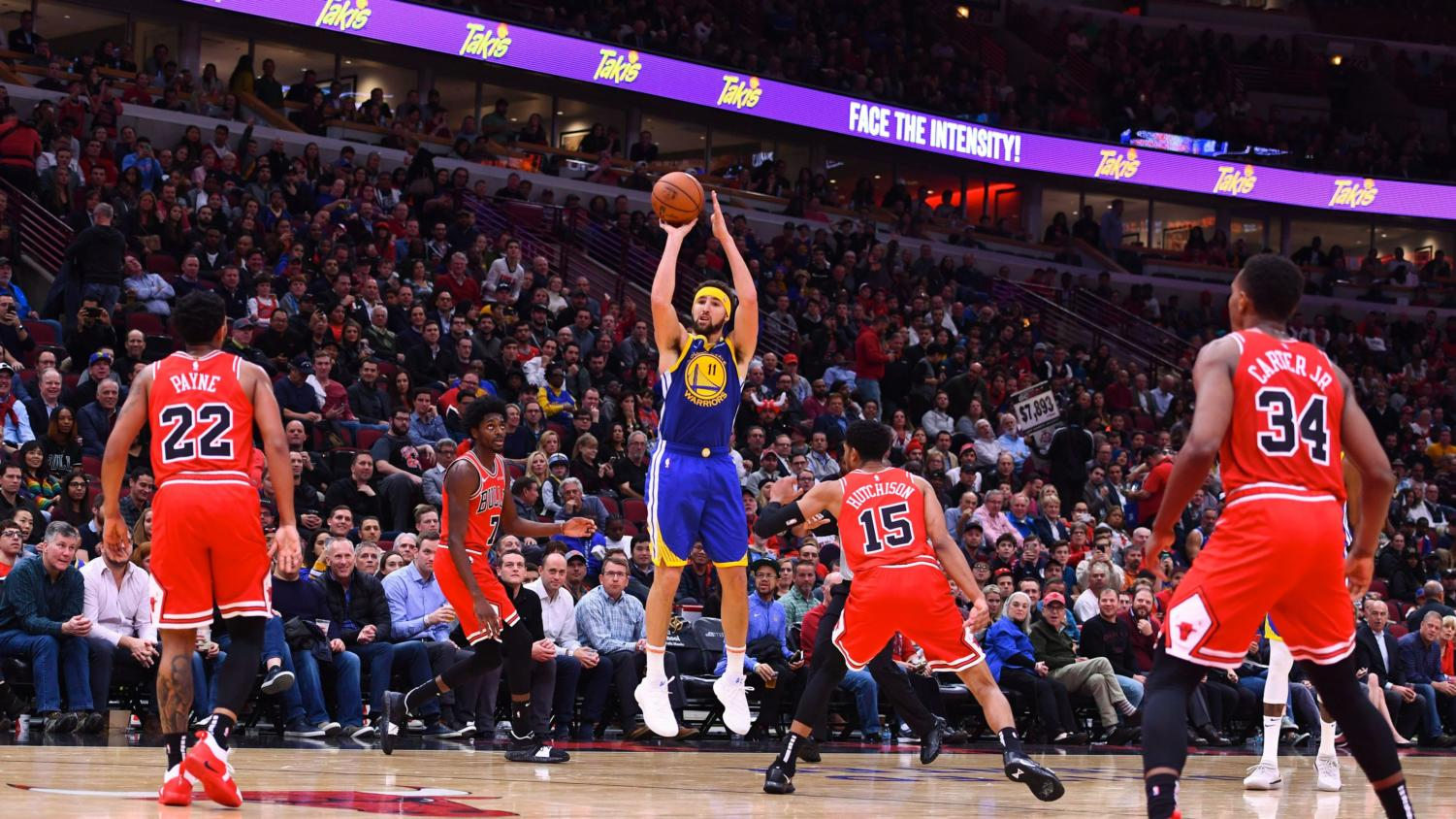Klay Thompson breaks the record for NBA 3 pointers made in a game. Photo labelled for reuse.