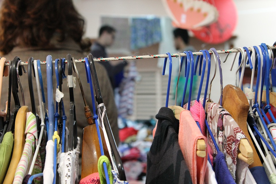 A clothing rack seen at Bazar Thrift Store. Photo courtesy of Pixabay