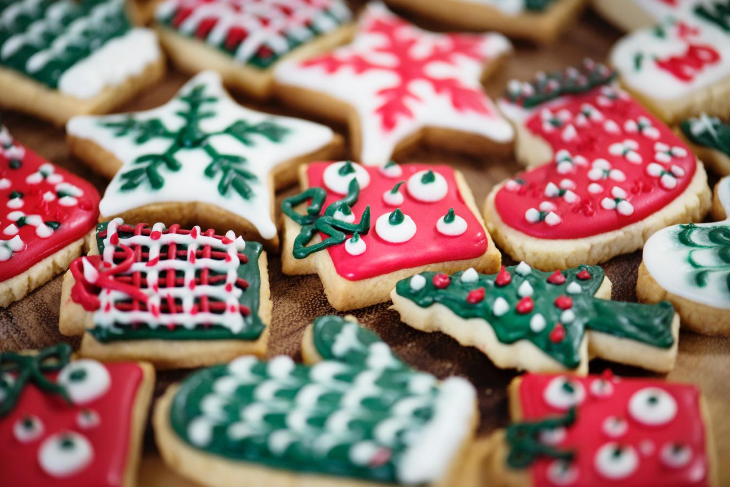 Great tasting sugar cookies decorated for the Christmas holiday. Image labeled for reuse from Pexels.