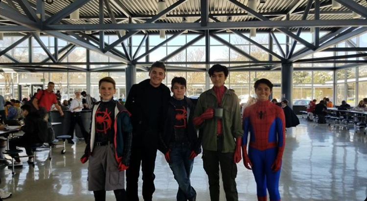 Freshman Logan Walker, senior William Stephenson, and sophomores Nate Lewis,Riley Cosby and Darby Clark all dressed up as Spider-Man for Halloween!