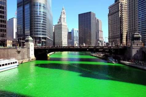 The famous Chicago green river in 2012. Labeled for Reuse by Creative Commons.